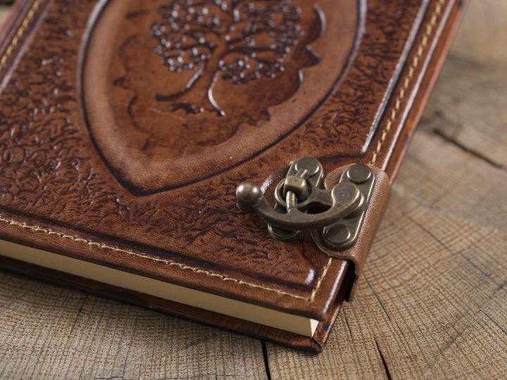 "Lederbuch ""Arbor"" groß 4"