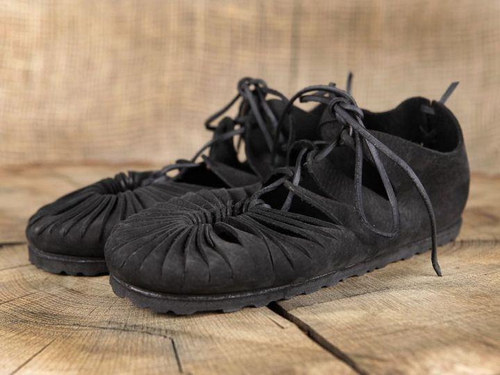Bundschuhe (mit fester Sohle) 44 | schwarz 4