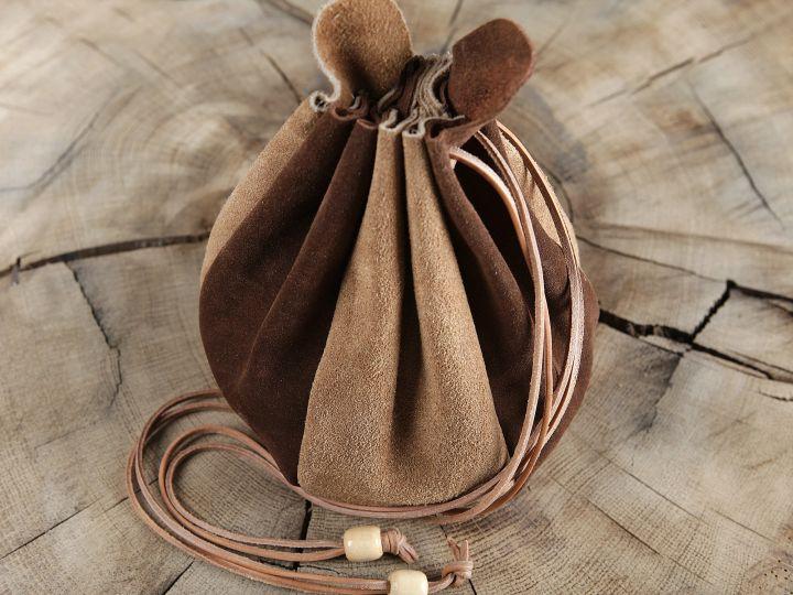 Beuteltasche zum Umhängen - aus Leder 4