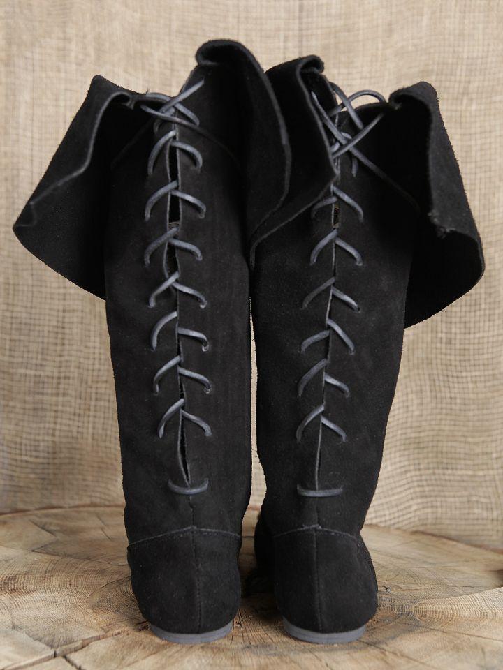 Stiefel mit Stulpe aus Wildleder 4