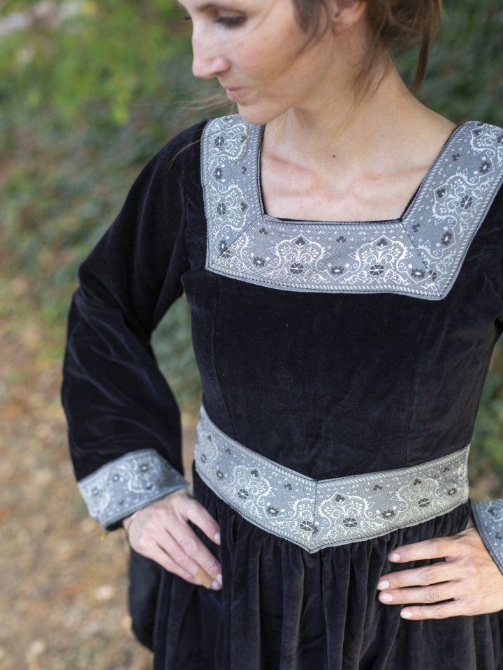 Kleid Burgund in schwarz 4