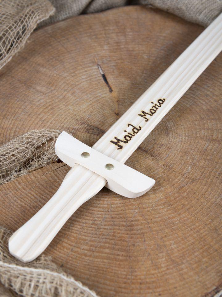 Holzschwert mit individueller Gravur 4