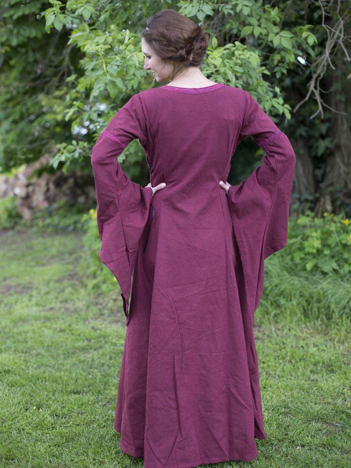 Edles Kleid mit Trompetenärmeln rot 5