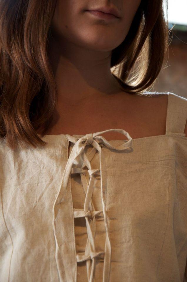 Bluse mit verstellbaren Trägern, natur M 5