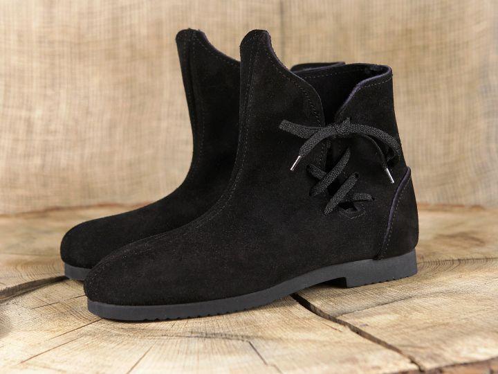 Schuh nach historischem Vorbild (aus Velourleder) 5