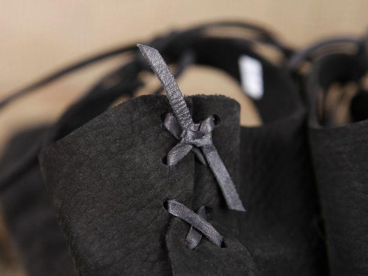 Bundschuhe (mit fester Sohle) 44 | schwarz 7