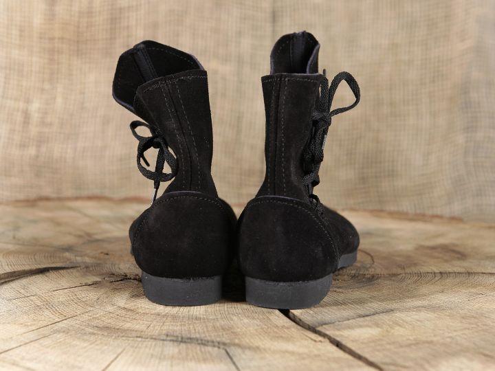 Schuh nach historischem Vorbild (aus Velourleder) 7