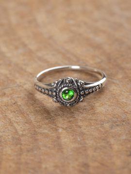 Wikinger-Silberring mit grünem Zirkonia