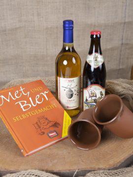 """Geschenkset """"Met und Bier"""" mit Tonbechern"""