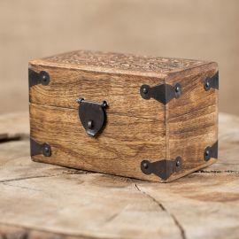Holztruhe mit Verzierung Klein