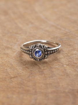 Wikinger-Silberring mit blauem Zirkonia 54