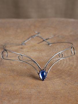 Schlichtes Diadem mit blauem Stein