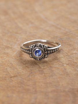 Wikinger-Silberring mit blauem Zirkonia 60